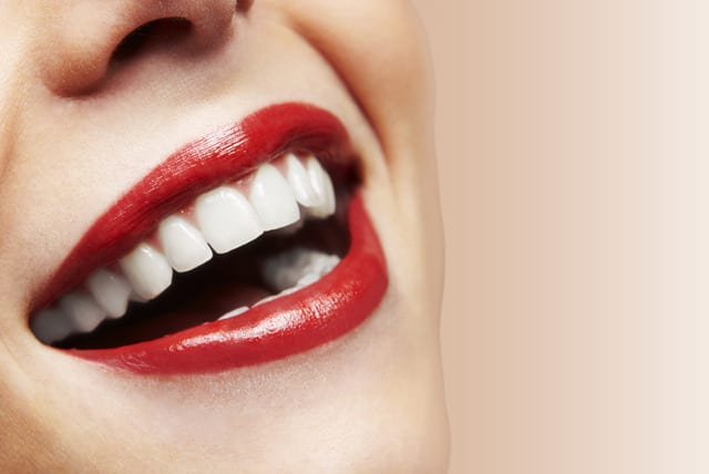 Anti Ageing Teeth Whitening