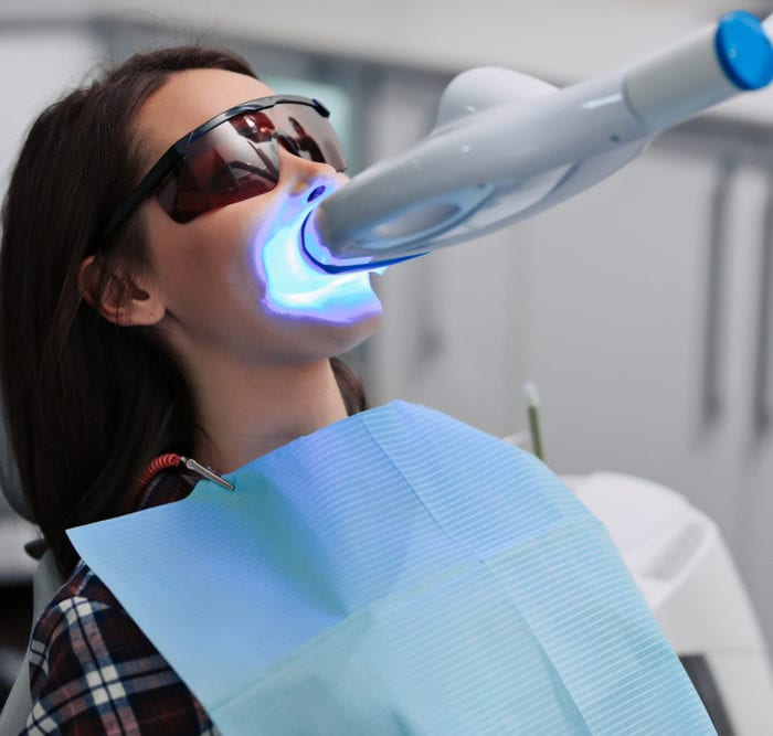 Boston Dental Offers Zoom! Teeth Whitening